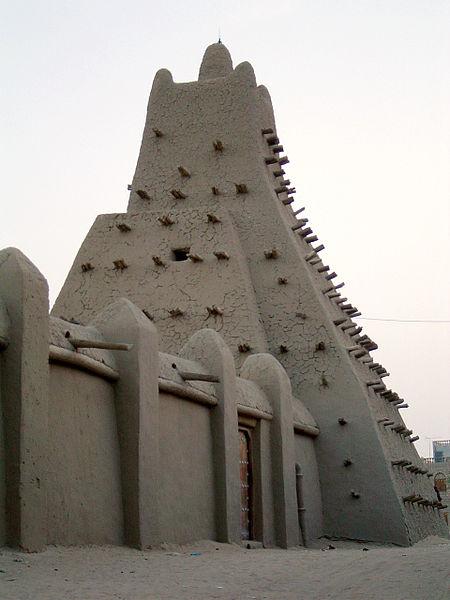 Sankore Mosque(image by  Baz Lecocq via nl.wikipedia)