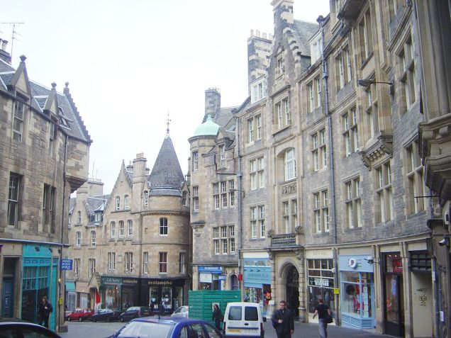 Cockborn Street in Edinburgh